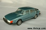 Saab_900_Combi_4D_v2_MetBlue_aS.jpg (5070 bytes)
